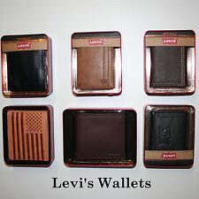 Levi's.Men's Passcase Billfold Wallet.NEW IN BOX