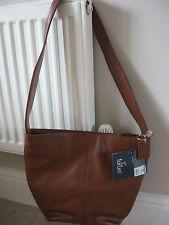 NEW WOMEN'S forum GENUINE LEATHER SHOULDER BAG HANDBAG TAN MID BROWN rrp £89.99