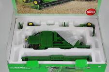 Siku SK4254 John Deere T6701 Combine Harvester, 1:32 Scale.