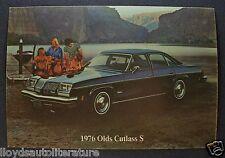 1976 Oldsmobile Cutlass S Sedan Postcard Sales Brochure Excellent Original 76