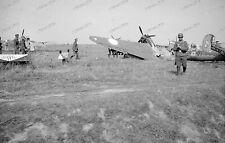 Frankreich-RAF-Flugplatz-Flugzeug-Wrack-Wehrmacht-Luftwaffe-1