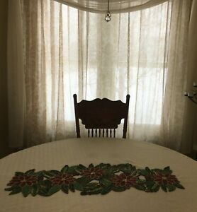 """BEADED SEQUINS CHRISTMAS POINSETTIA TABLE RUNNER 36""""X13""""GREAT HOUSEWARMING GIFT"""
