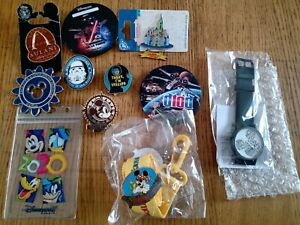 Lot Pin's Badge Montre Disney