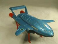 DINKY TOYS 106. THUNDERBIRD 2 +4 . BLUE WITH RED LEGS.