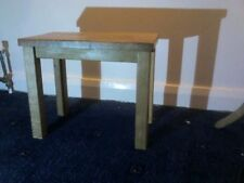 Oak Less than 30 cm Width Traditional Side & End Tables