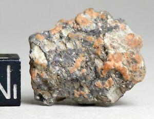 Meteorite NWA 11273 - Lunar Achondrite Moon - beautiful complete Individual 8.5g