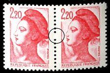 TIMBRE VARIETES : LIBERTE : 2,20 ROUGE N° Yvert : 2376a L33C