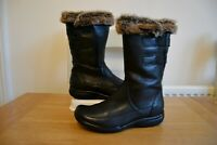 "CLARK`S ""KEARNS STELLA"" BLACK LEATHER CUSHION SOFT BIKER BOOTS UK 3D RRP £80.00"