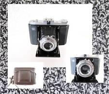 Ancien appareil photo zeiss ikon nettar avec sac en cuir