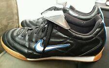 Nike Boys 4.5 Tiempo 750 (030709 VP) Black w/ white & blue overall excellent con