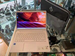 ASUS VIVOBOOK (E406M) LAPTOP / WINDOWS 10 / 64GB EMMC / 4GB RAM - AU STOCK !