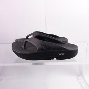Size 7 Women's / 5 Men's OOFOS Ooriginal Thong Flip Flop Sandals 1000 Black