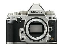 Fotocamera Reflex Nikon Df chassis ARGENTO DSLR merce nuova resto esemplare
