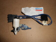 NOS SWITCH Clutch Pedal Speed Control w Brk 1986-1993 Dodge D250 D & AD 4379206