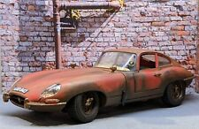 Jaguar E Type 1/18 Barn Find  Diorama
