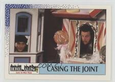 1992 Topps Home Alone 2 Lost in New York 30 Casing the Joint Non-Sports Card 0a2