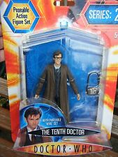 10TH DOCTOR FIGURE WITH PORTABLE WIRELESS SERIES 2, CARDED + SEALED DOCTOR WHO