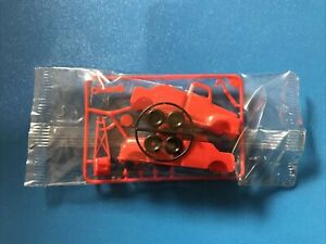 R&L Cereal Toy 1966 Open Road TOW TRUCK Mint in Package