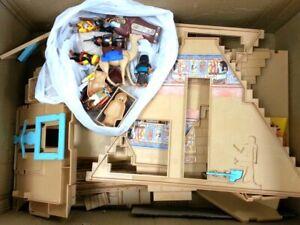 Playmobil 4240 Egyptian Pharaoh's Pyramid with Figures Toy Set  No Box #814