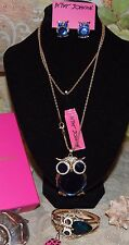 3PC BETSEY JOHNSON GORGEOUS BLUE CRYSTALS OWL MATCHING EARRINGS & BRACELET LQQK