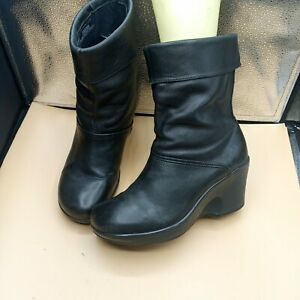Dansko leather Bootie Women size 39 US 8.5-9 Black Leather (NO SIDE ZIP)