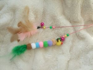 Cat toy wand rod stick feather bell dangler teaser kitten pompom pet play wire