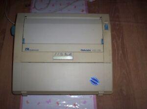 triumph adler gabriele 100 DS Elektrische Schreibmaschine gebraucht