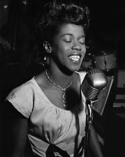 Jazz Singer SARAH VAUGHAN Glossy 8x10 Photo Vocal Music Print Poster
