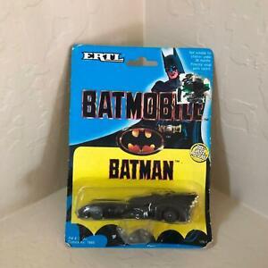 Ertl Batman Batmobile 1064 D4