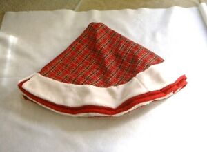 Red Plaid Christmas Tree Skirt  NWOT