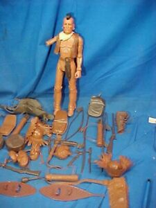 Orig 1960s MARX Johnny West FIGHTING EAGLE ACTION FIGURE w 40 ACCESSORIES