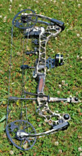 Mathews Triax Left Handed with Stabilizer and Sights