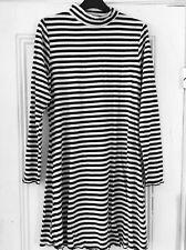 New ladies dress, size 20