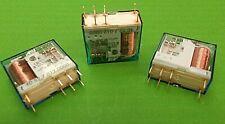 Relay 12 Volt DPDT 8 Amp 2 x C/O 15A Peak PCB - Plug In 4052 7012 0000 FINDER