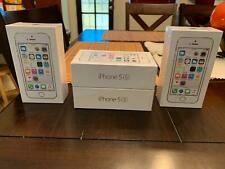 New Apple iPhone 5S 16GB Silver Boost Mobile, Must See!!!!