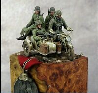 1:35 Resin Figure Model Kit WWII German Soldiers no motorcycle NO base 4 Figures