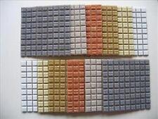 Faïence mix. tuiles de mosaïque. un mélange agréable de couleurs pour ce projet terreux