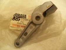 Yamaha NOS ET250 ET340 Brake Caliper Arm 88J-25730-00-00 Disc.