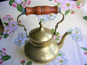 VINTAGE BRASS TEA KETTLE WOODEN SWIVEL HANDLE