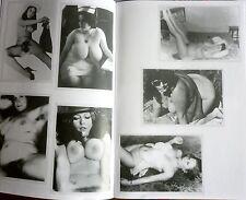 aktfoto foto klassik nackt im stil von 1969 busen behaart frau girl jung mädchen