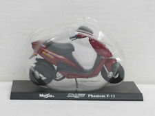 Motorrad Malaguti Phantom F-12 in dunkelrot, Blister, Maisto, Mega Bikes 7, 1:18