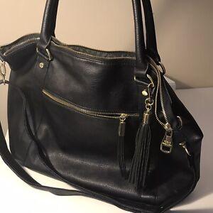Steve Madden BLACK Shoulder Bag Double Handle Large Tote w/Tassel **SMALL FLAW**