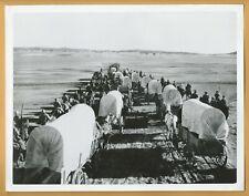 """MAN OF CONQUEST"" (1939) *SAN JACINTO WAGON ARMY* - News Photo *LOBBY CARD Alamo"