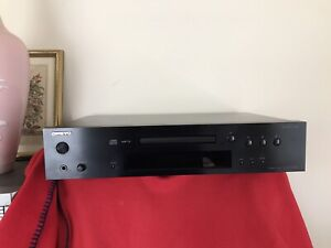 Audiophile Onkyo C-7030 CD Player  * No Remote *  WORKS PERFECTLY