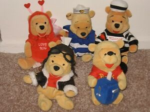 WINNIE THE POOH WITH CHRISTOPHER ROBIN & FRIENDS TOO COLLECTION  VERY RARE