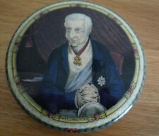 Prattware Pot Lid Lord Wellington with Clapsed Hands