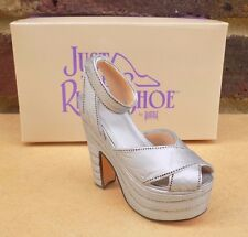 JUST THE RIGHT SHOE - Silver Cloud