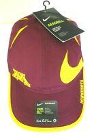 Nike Dri-Fit Featherlight Mens Minnesota Golden Gophers Big Swoosh Hat Cap NWT