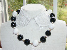 """Vintage Chunky Black & White Beaded Lucite Signed MONET 17"""" Necklace Q1"""