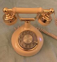 Vintage Western Electric Rotary Dial Telephone Imperial Gold Tan Ivory Princess